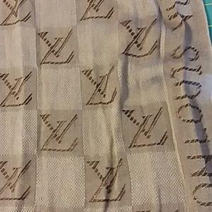 Louis Vuitton wrap browns